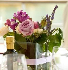 diy wedding flowers - simple