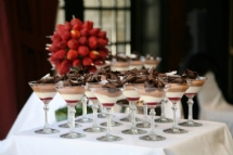 unusual wedding cakes - mousse in martini glasses