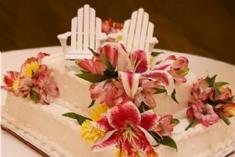 unusual wedding cakes - theme