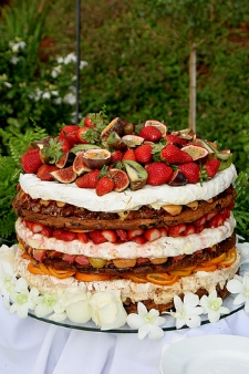 unusual wedding cakes - fruit fabulous