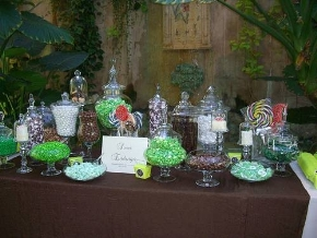 candy buffet green and brown