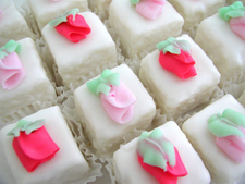 cheap wedding cake idea = petit fours!