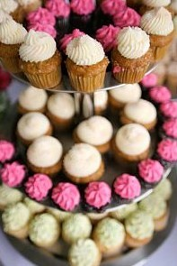 cupcake wedding cakes different flavors